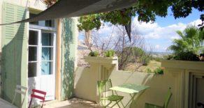 B&B med privata rum, terrass, gård och garage