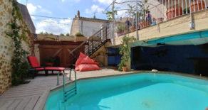 Renoverat vinbondehus med pool