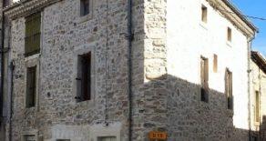 Nyrenoverat byhus med takterrass