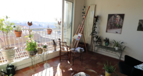 Lägenhet med loggia, fin utsikt, i Béziers