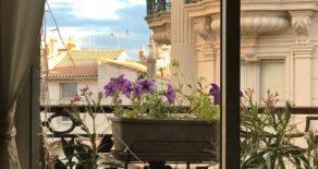 Charmig sekelskifteslägenhet i Béziers