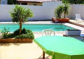 Villa med pool, nära Béziers