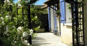 Bekväm villa med utekök och härlig trädgård
