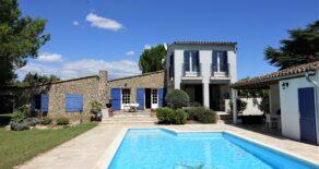 Villa med vackert läge, utsikt och pool
