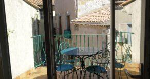 Renoverat byhus med terrass