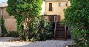 Rymligt, renoverat byhus med trädgård