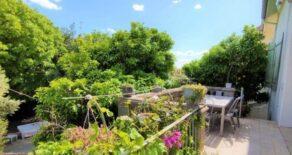 Magnifikt hus med trädgård och pool, i Béziers