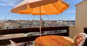 Möblerad lägenhet med balkong