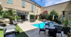 Vinbondehus med 7 gästlägenheter och 2 B&B-rum samt pool