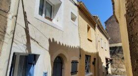 Byhus med terrass, möblerat