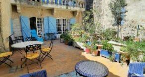 Byhus med terrass och garage, i Agde