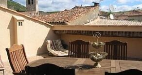 Byhus med terrass, utsikt